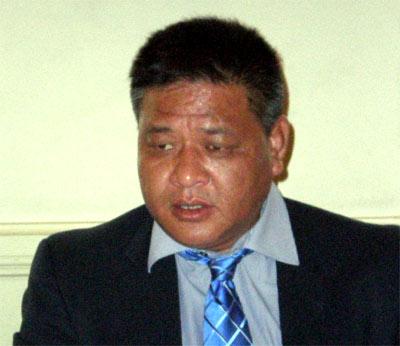 Penpa Tsering, presidente del Parlamento Tibetano en el Exilio, durante su visita a Barcelona.
