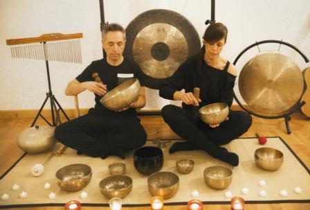 Musicoteràpia de Lluna Plena amb Instruments Ancestrals