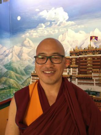 Comentarios y meditación sobre 'El Sutra del Corazón' con Gueshe Lungtok