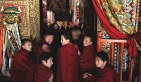 Desde el monasterio tibetano, corazón de las auto-inmolaciones: una explicación
