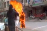 La monja Palden Choetso arde tras quemarse a lo bonzo en Tíbet. | EL MUNDO