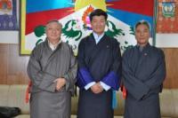 Kalon Tripa Dr Lobsang Sangay con los enviados, Lodi Gyari y Kalsang Gyaltsen