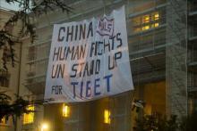China defiende su política en el Tíbet ante las protestas tibetanas en Ginebra