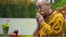 FOTO AP: El incidente ocurrió cuando una multitud celebraba el cumpleaños del Dalai Lama.